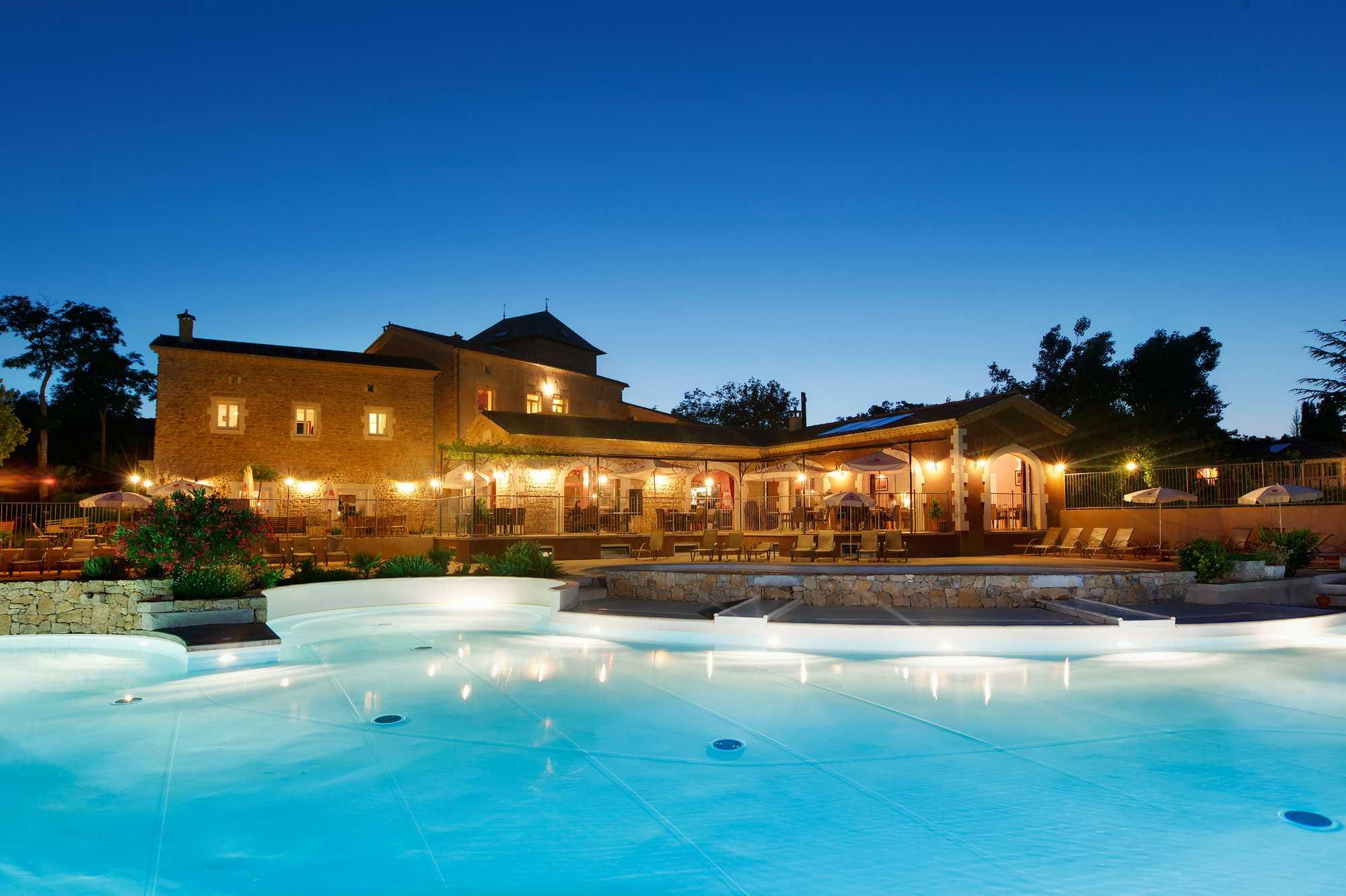camping avec piscine chauffée le soir